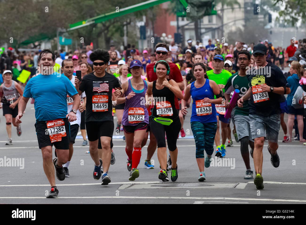 San Diego, California, USA. 5th June, 2016. SAN DIEGO CA, USA -- JUNE 2, 2016: .Runners jog down the final stretch - Stock Image