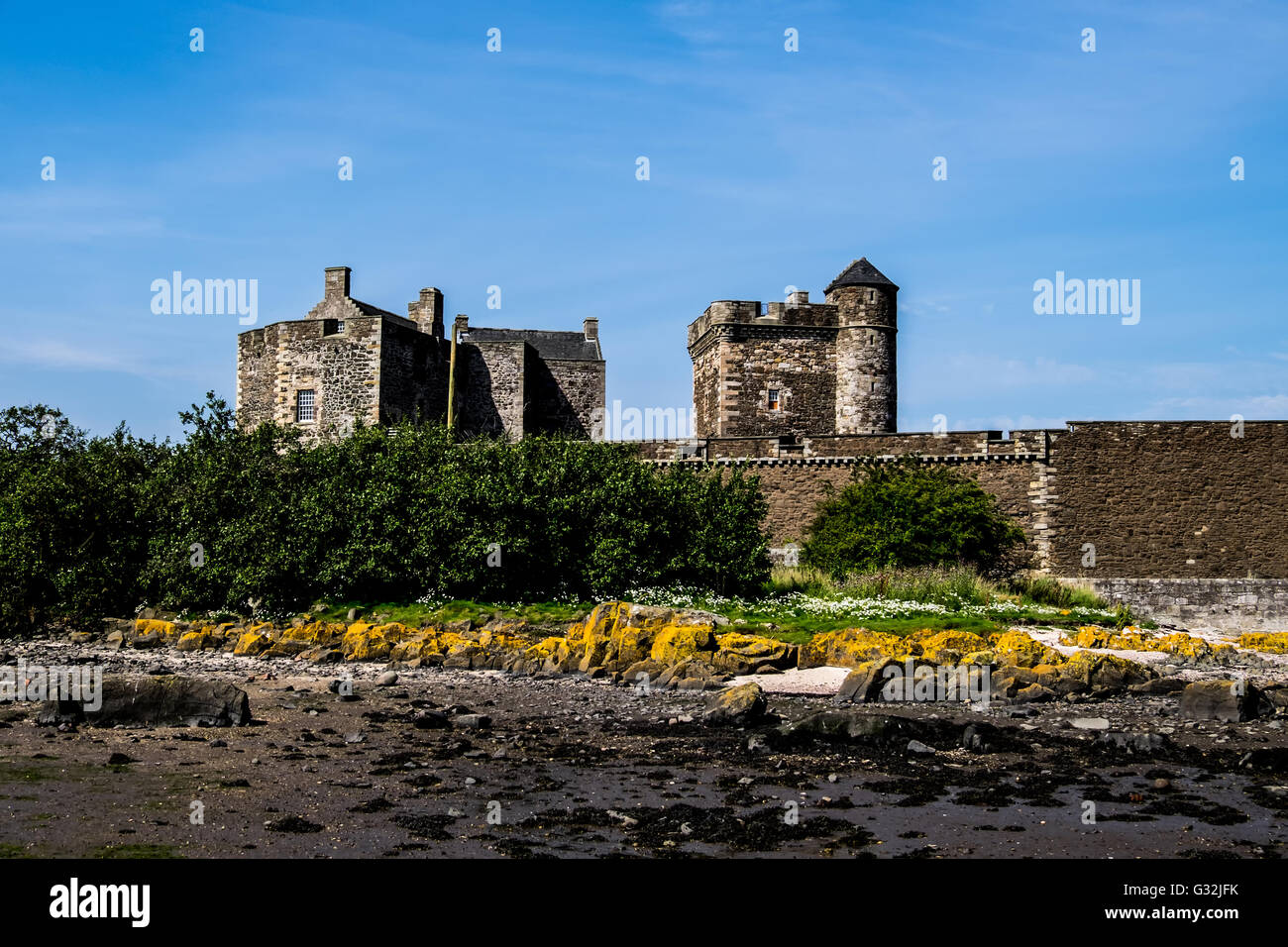 Blackness Castle on the Firth of Forth taken from the shore Stock Photo
