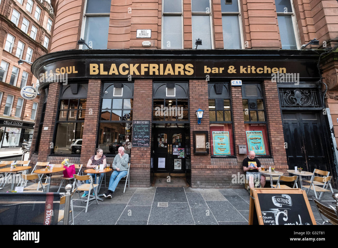 Blackfriars pub in Merchant City district of Glasgow, United Kingdom - Stock Image