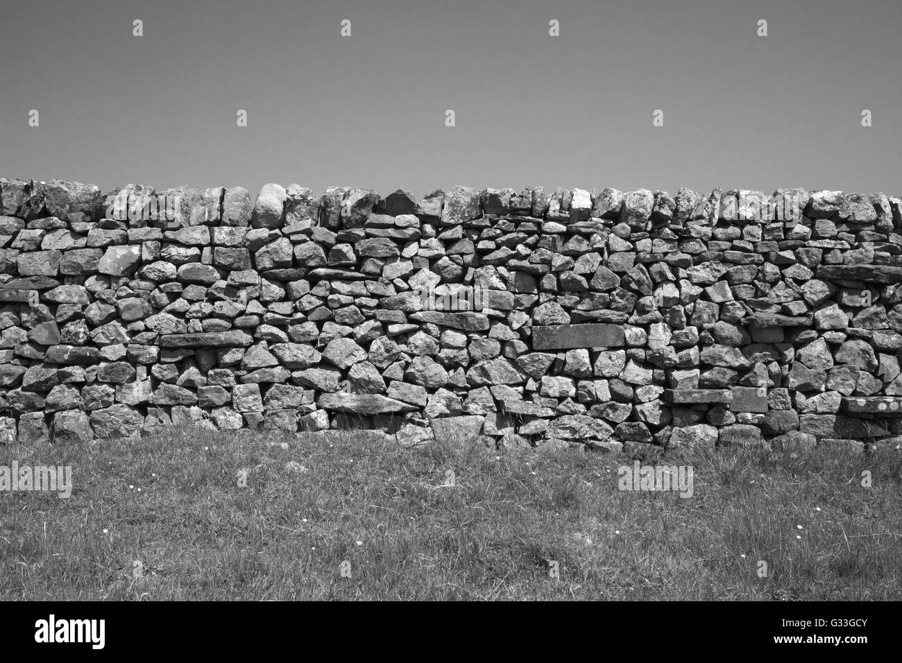 Dry stone wall. Yorkshire Dales, England, UK - Stock Image