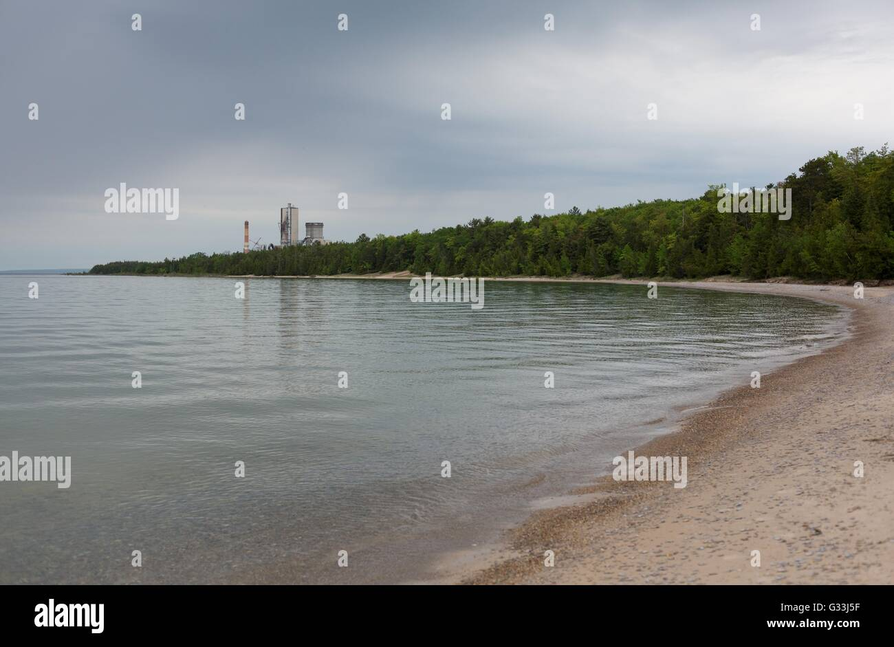 The shoreline of Lake Michigan near Charlevoix, Michigan, USA. - Stock Image