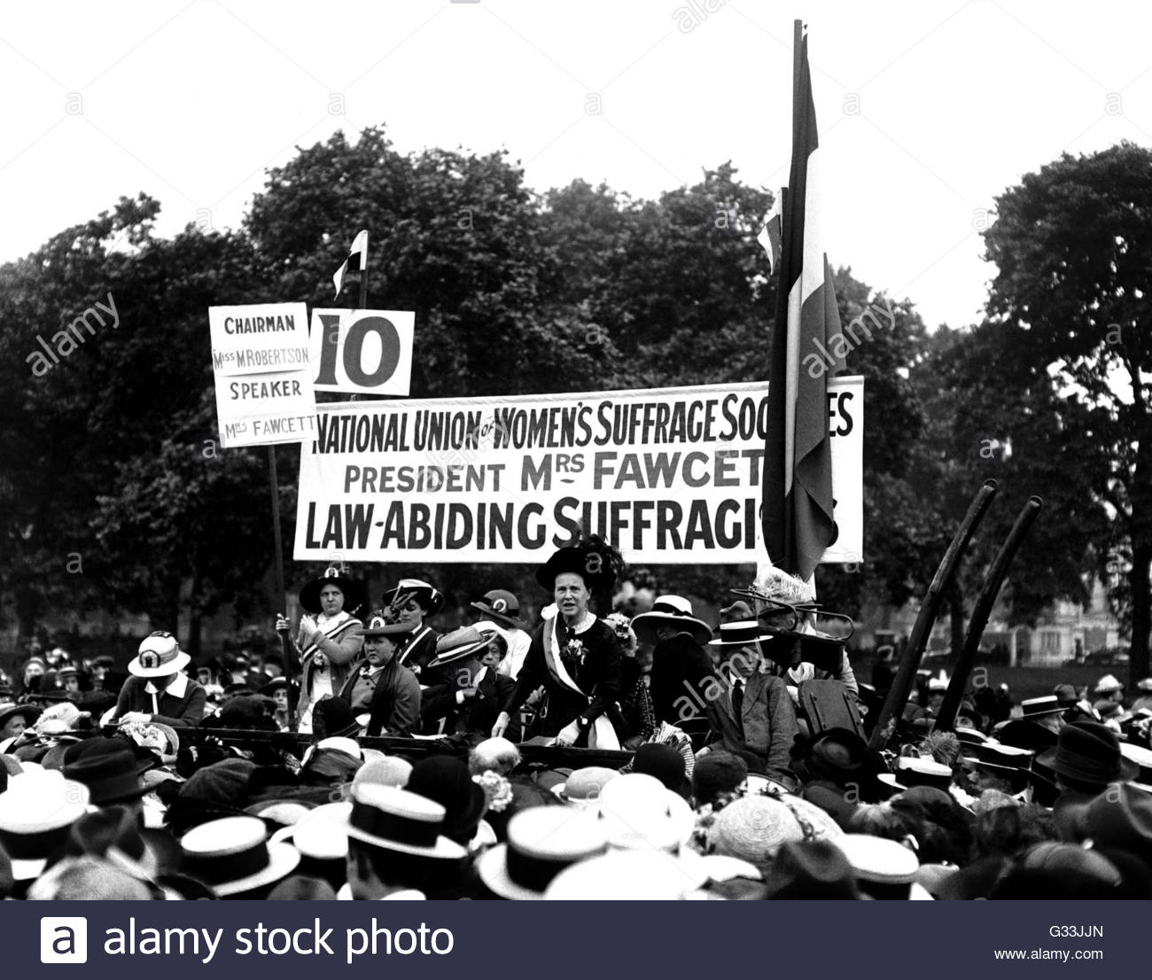 File photo dated 26/7/1913 of Millicent Fawcett, who founded the National Union of Women's Suffrage, speaks - Stock Image
