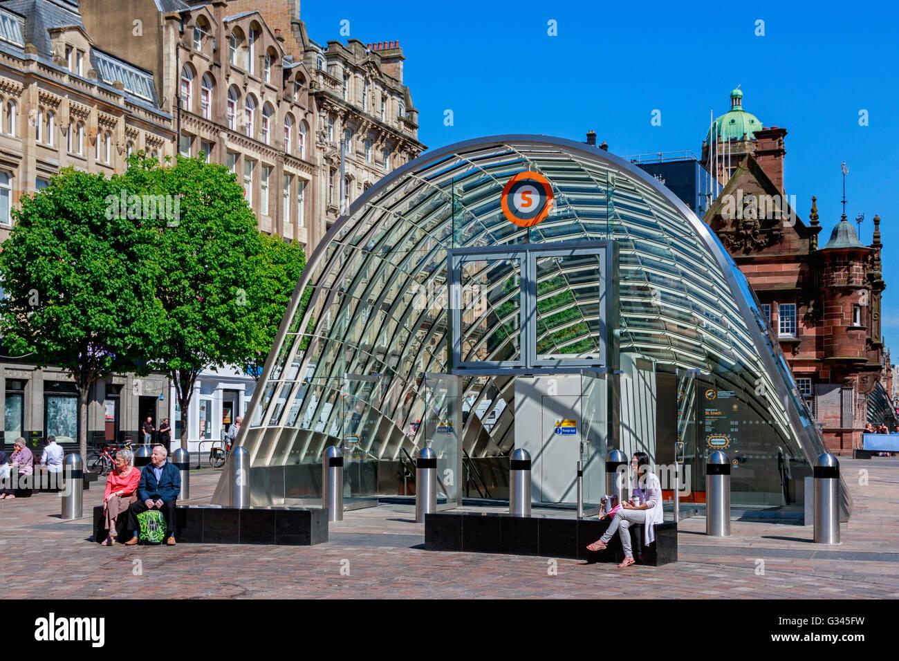 Entrance to St Enochs subway, in St Enochs Square, Glasgow, Scotland, UK - Stock Image