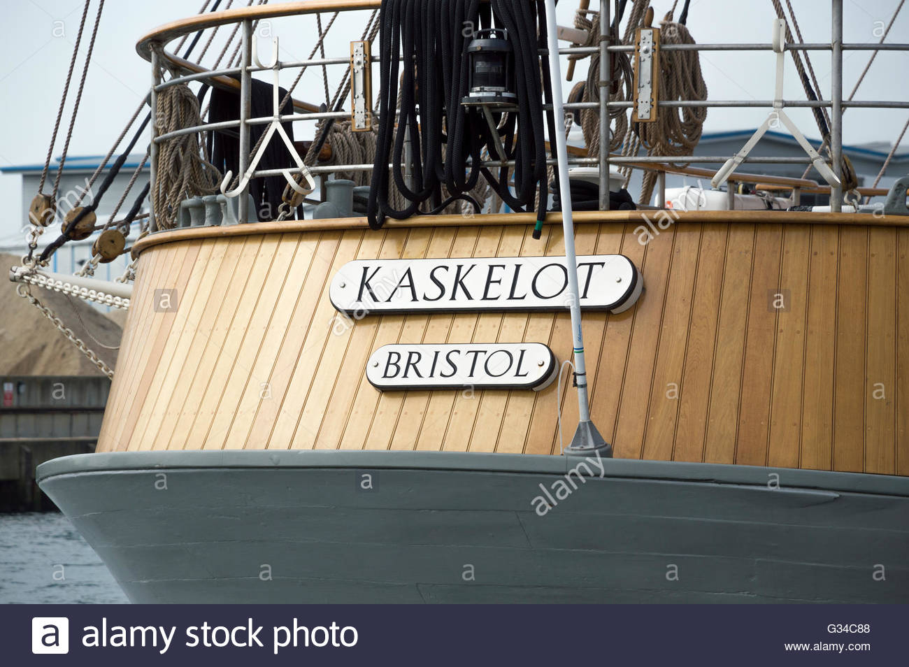 Kaskelot, Bristol - signs on the stern of the tall ship moored in Poole Harbour, Dorset, England Stock Photo
