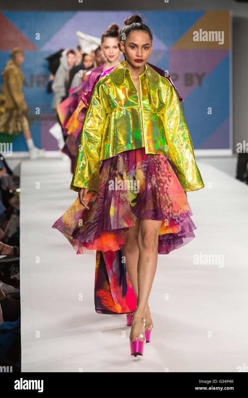 London Uk 8 June 2016 A Model Walks The Runway Showcasing The Stock Photo Alamy