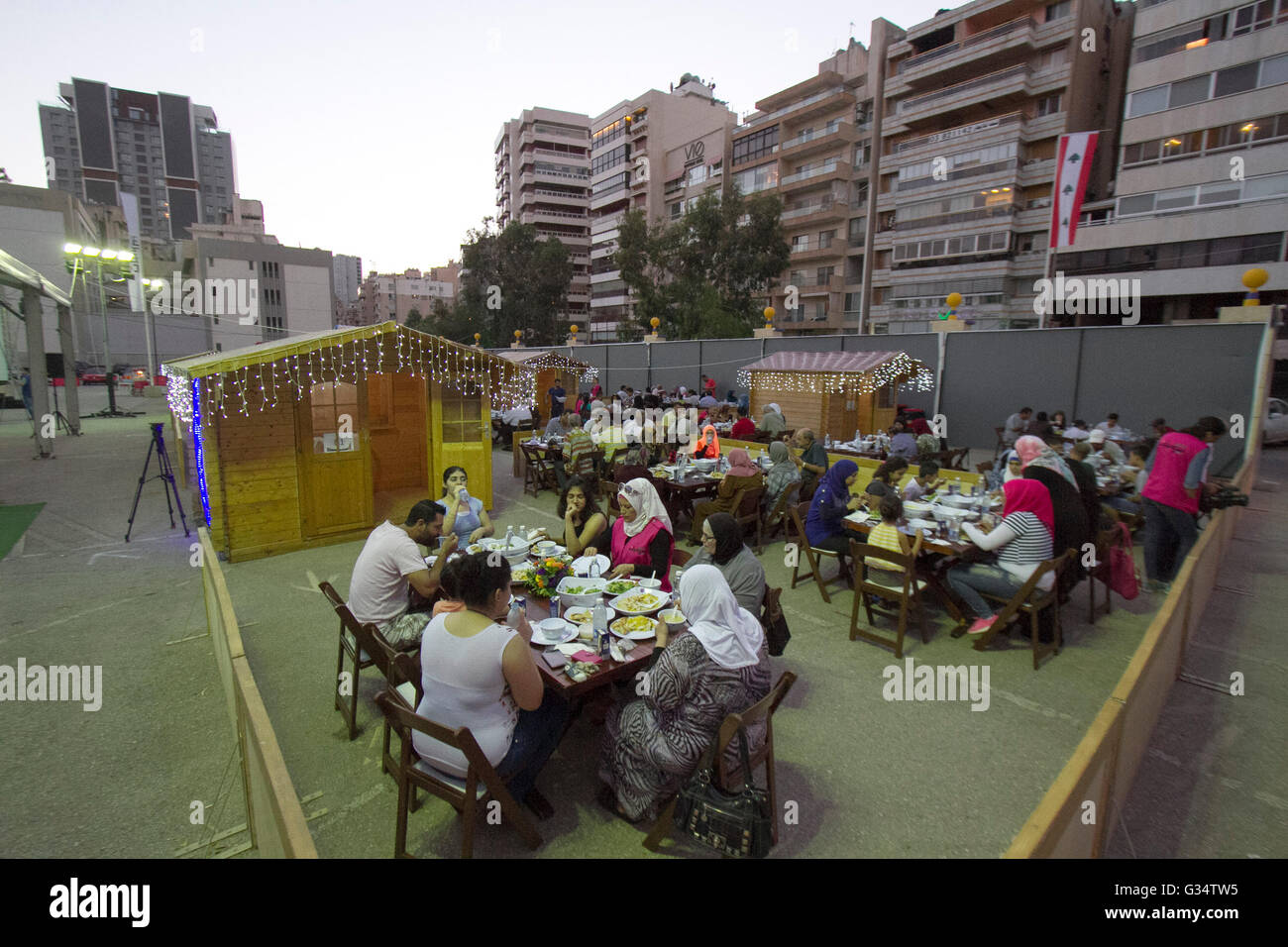 Beirut Lebanon. 8th June 2016. Devout Muslim families prepare to end their Ramadan fast known as 'Iftar' - Stock Image