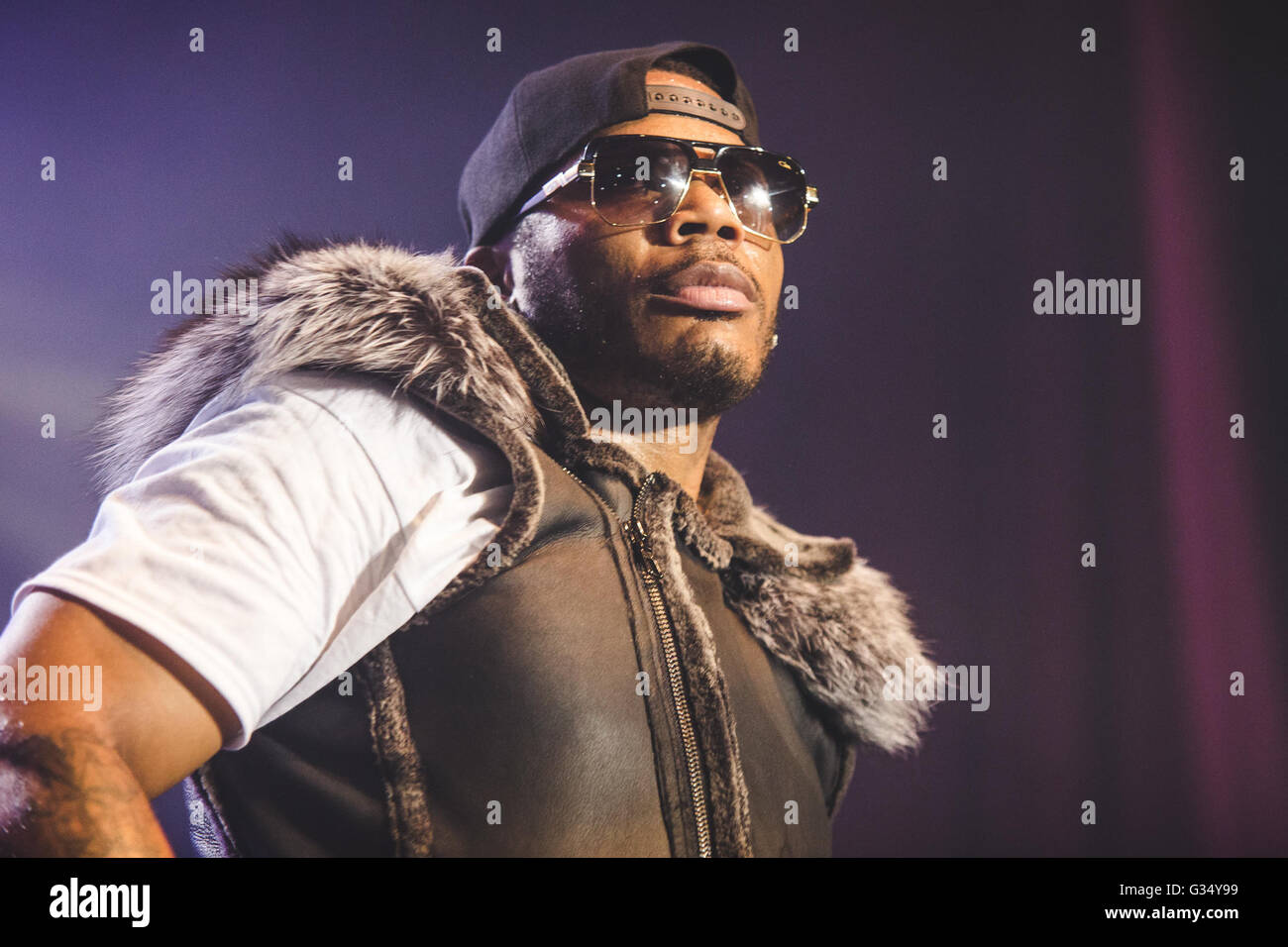 manchester uk uk 8th june 2016 rapper nelly performs at the o2