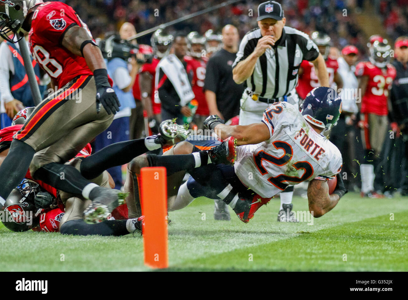 RB Matt Forte, #22 Chicago Bears, is tackled during the NFL International game between the Tampa Bay Buccaneers Stock Photo