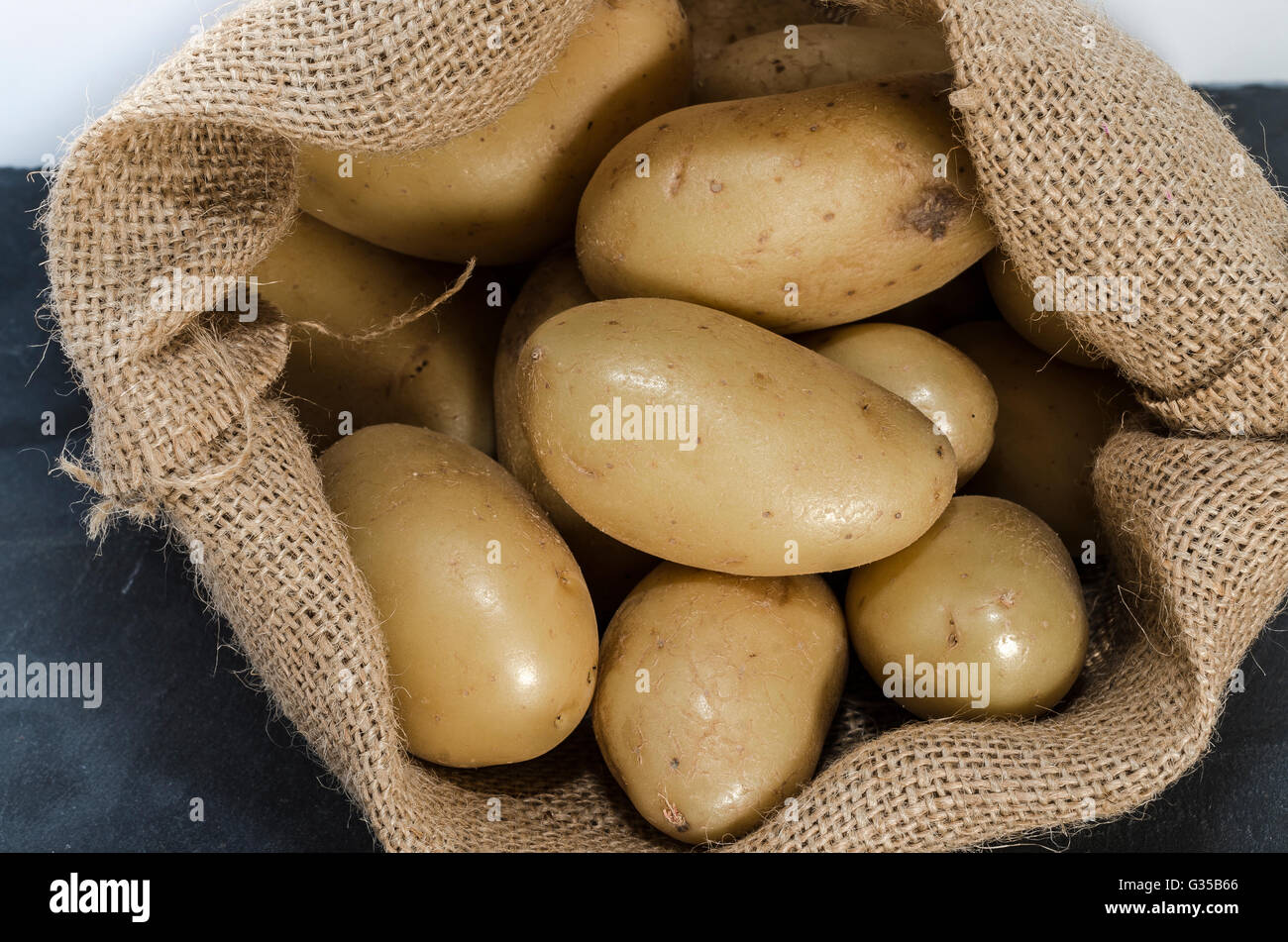 SAC DE POMMES DE TERRE Stock Photo