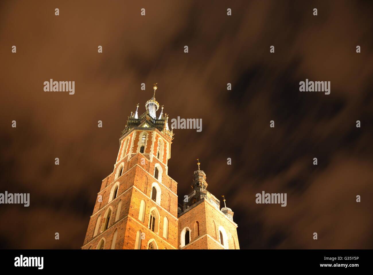 Krakow's famous St. Mary Basilica in Krakow at night (St. Mary's) - Stock Image