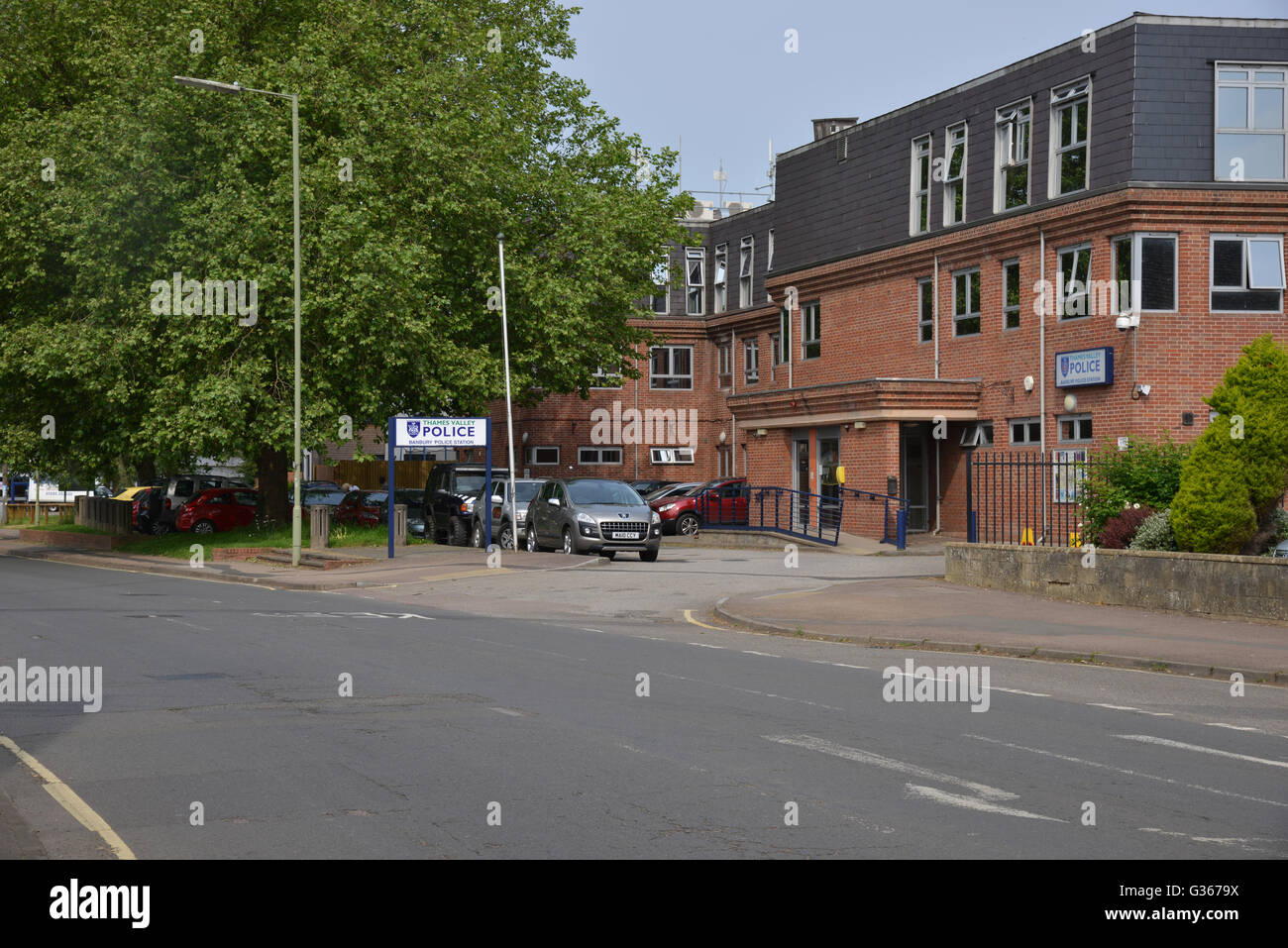 Police Station, Warwick Road, Banbury, Oxfordshire - Stock Image