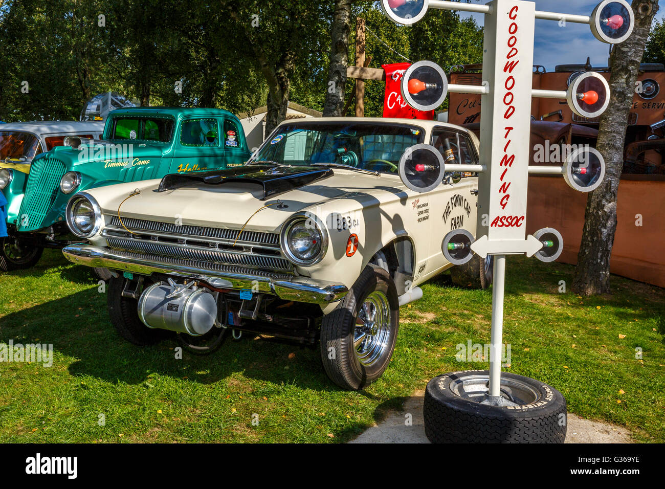 Dodge Dart Stock Photos Images Alamy 1964 Gts Identity Crises Gasser In The Paddock At 2015 Goodwood Revival