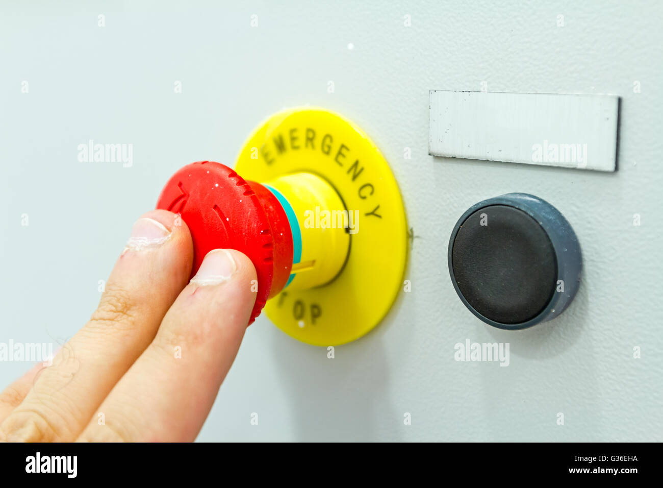 activation or shutdown fuse box, with an emergency reset button