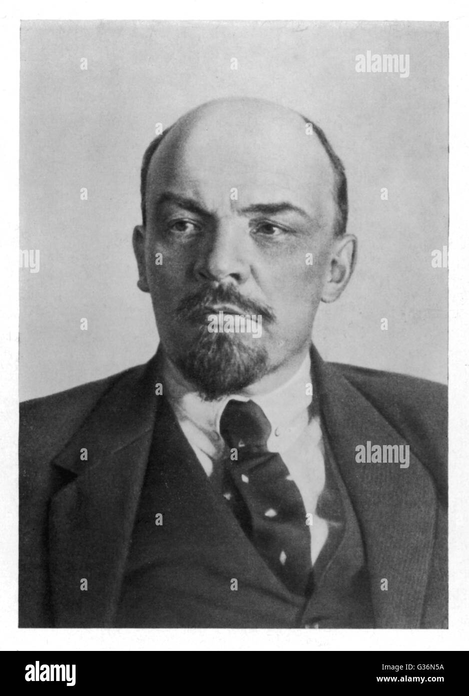 a biography of vladimir ilyich lenin a russian leader Vladimir ilyich lenin, founder of the russian communist party, leader of the bolshevik revolution of 1917, and first head of state of the union of soviet socialist republics, was also a masterly political thinker whose theories shaped communist thought and influenced all factions of the marxist movement.