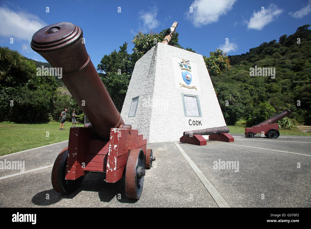 Monument at Ship Cove, James Cook's favourite base during his three voyages to New Zealand, Marlborough, N - Stock Image
