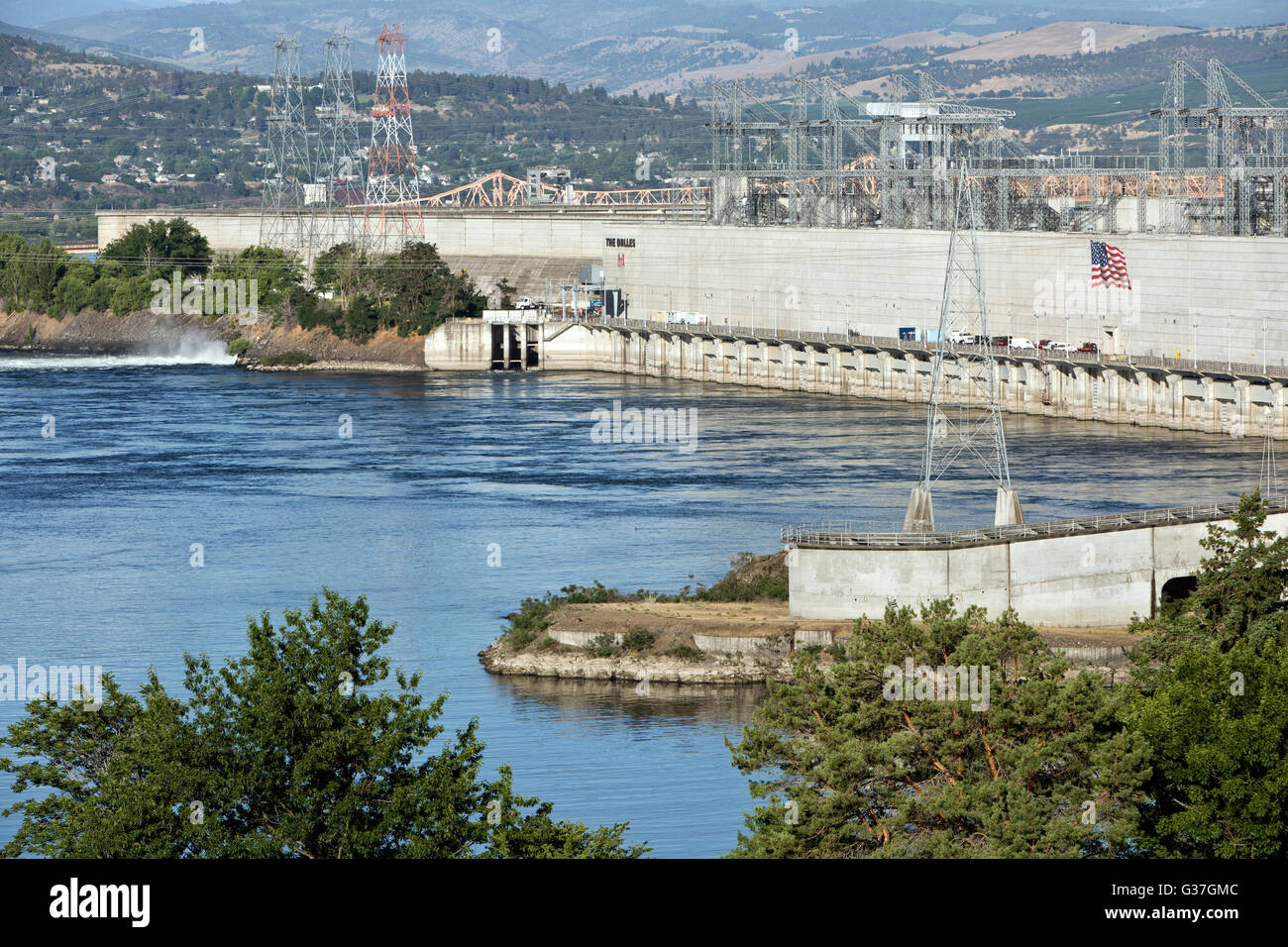 The Dalles Dam, Columbia River Gorge. - Stock Image