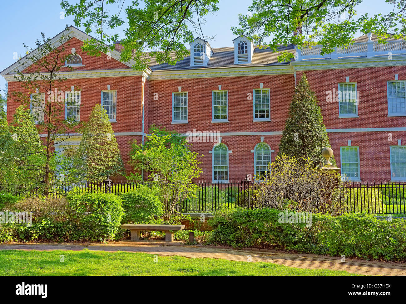 Building of American Philosophical Society in Chestnut Street in the Old City of Philadelphia, Pennsylvania, USA. - Stock Image