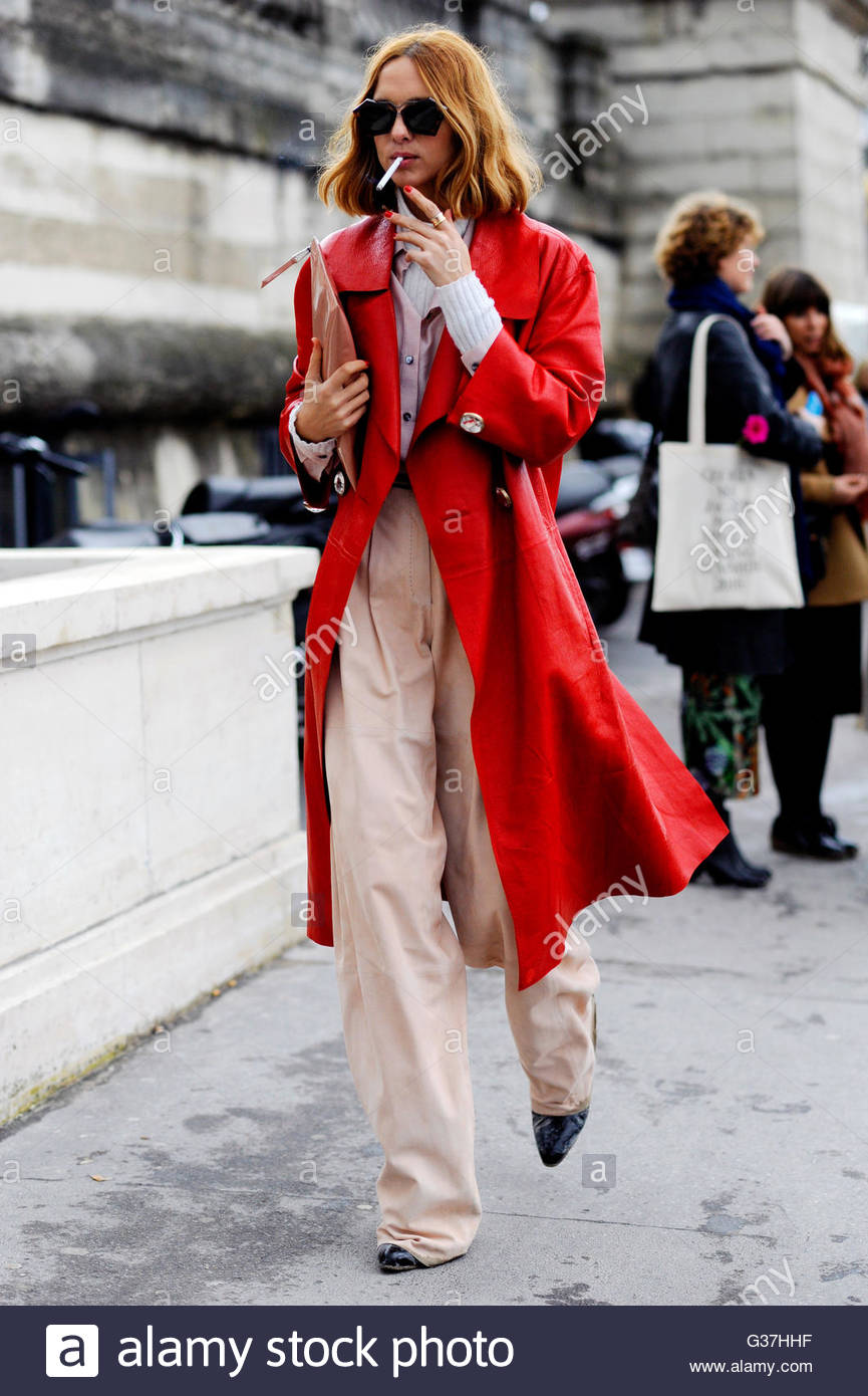 Candela Novembre after Issey Miyake, AW16, Paris Fashion Week 2016. - Stock Image