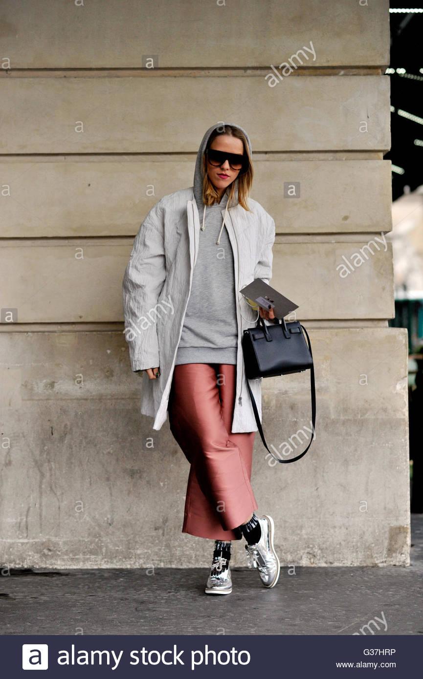 Jessica Mercedes Kirschner before Stella McCartney AW16, Paris Fashion Week 2016., on Boulevard des Capucines. - Stock Image