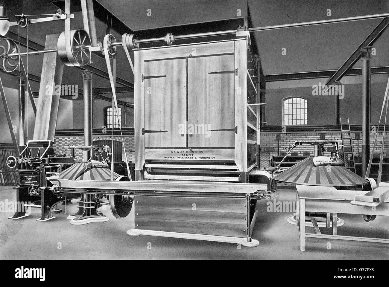 A complete automatic bread- making plant, constructed by  Werner, Pfleiderer & Perkins        Date: 1909 - Stock Image