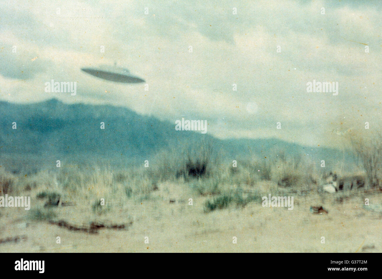 UFO whose three occupants  talked with Paul Villa near  Albuquerque ; we are not told  what they looked like 2 of - Stock Image