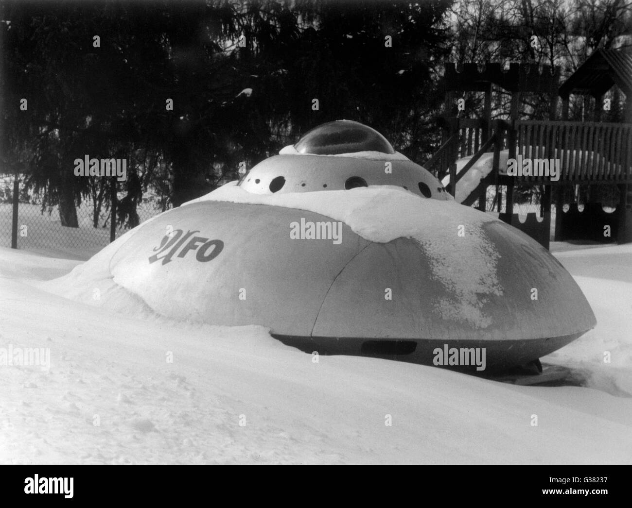 This flying saucer landed in  the village of Hessdalen, but  was snowed in by bad weather,  and its occupants had - Stock Image