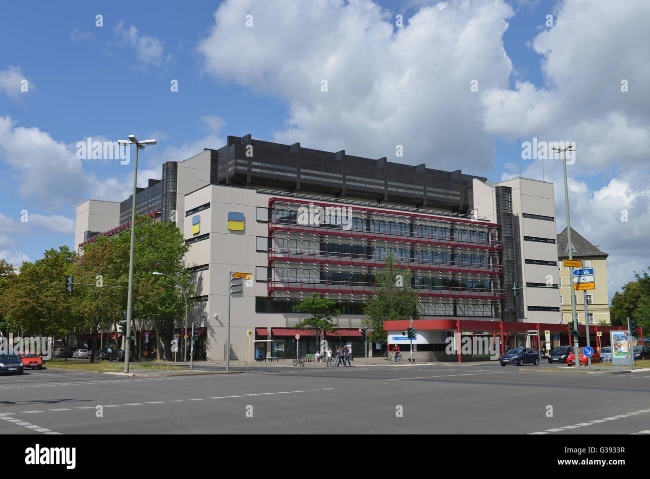 Deutsche Rentenversicherung, Fehrbelliner Platz, Wilmersdorf, Berlin, Deutschland Stock Photo