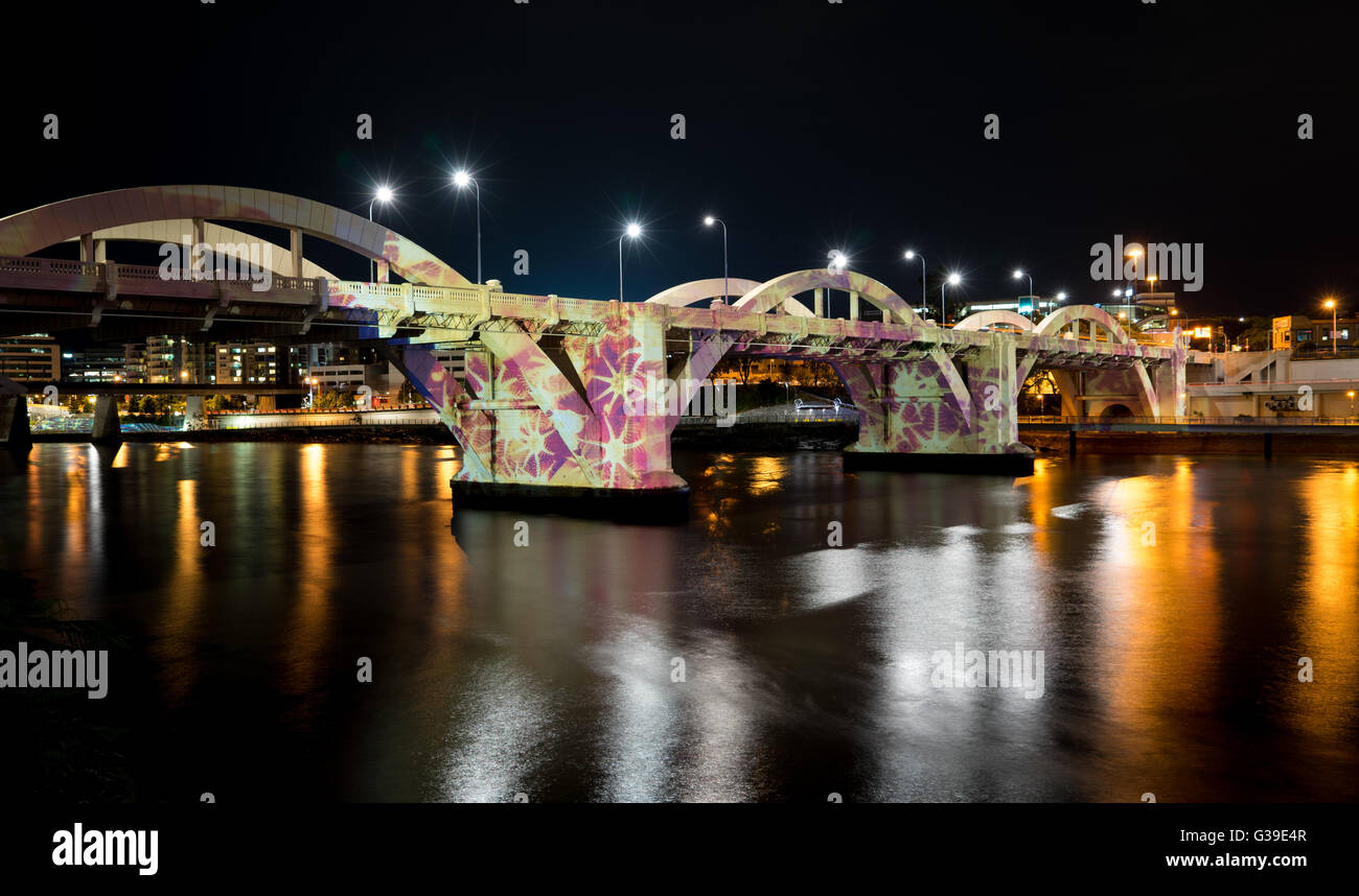 William Jolly Bridge Brisbane Australia. Lighten up in light painting with water reflection - Stock Image