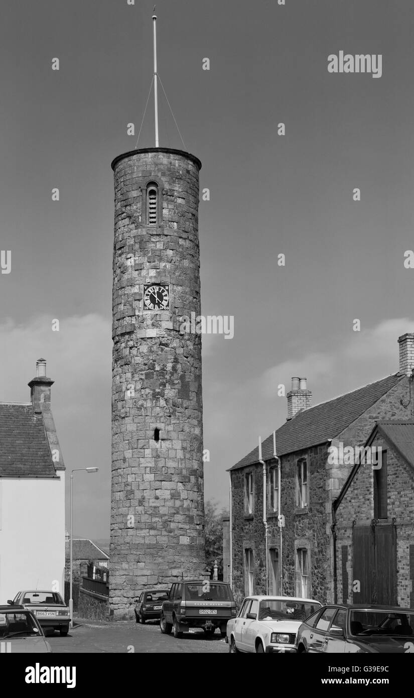 C11th free-standing round tower of Irish style in Abernethy churchyard, Perthshire: 22m high, rebuilt on 12 course Stock Photo