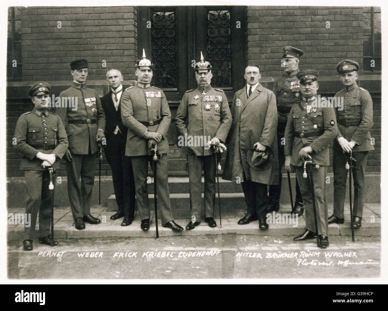 The Hitler Trial, Munich.  The accused in the Hitler  Trial (named on the  photograph).      Date: February 1924 Stock Photo