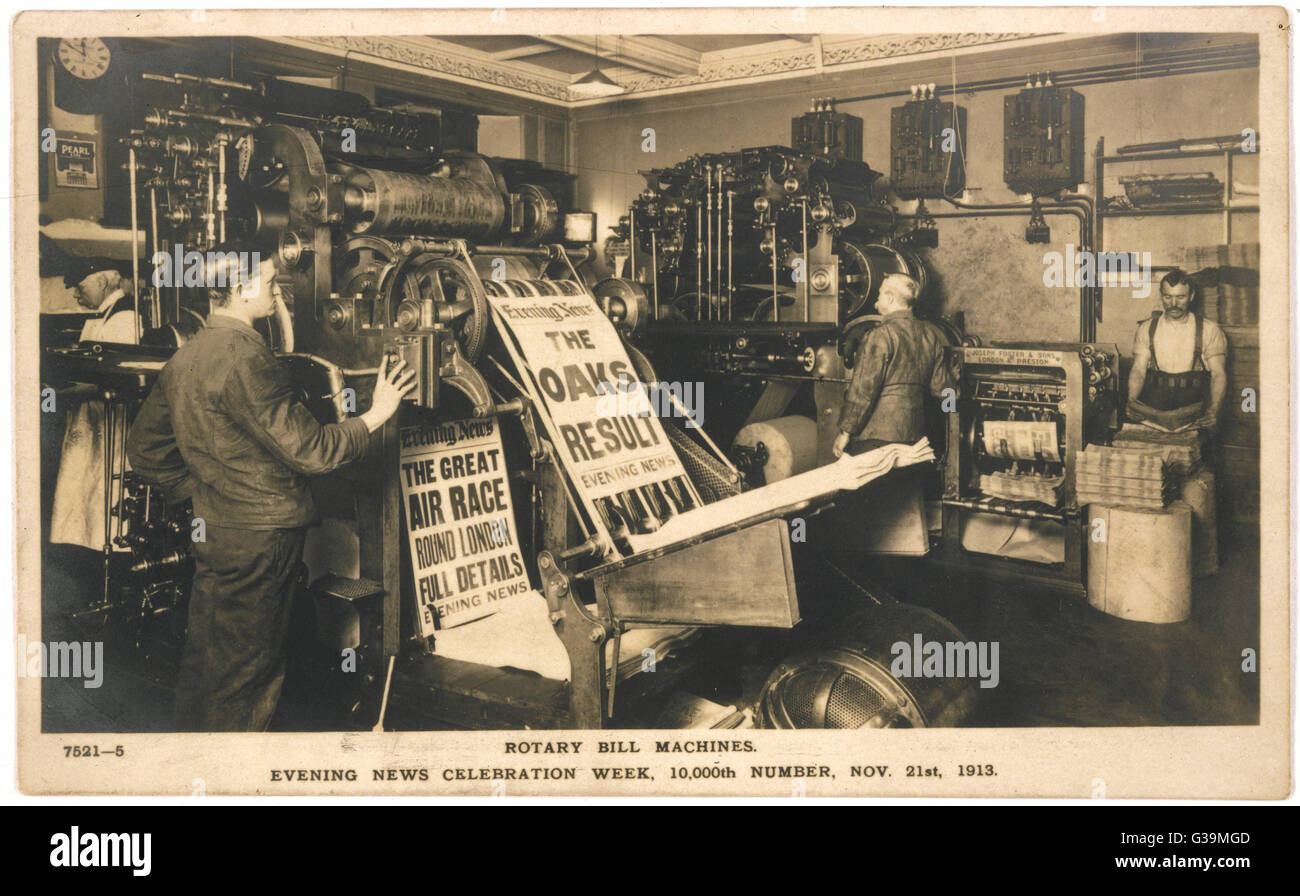 Rotary bill machines printing  off copies of the Evening News  to celebrate the 10,000th edition.       Date: 21 - Stock Image