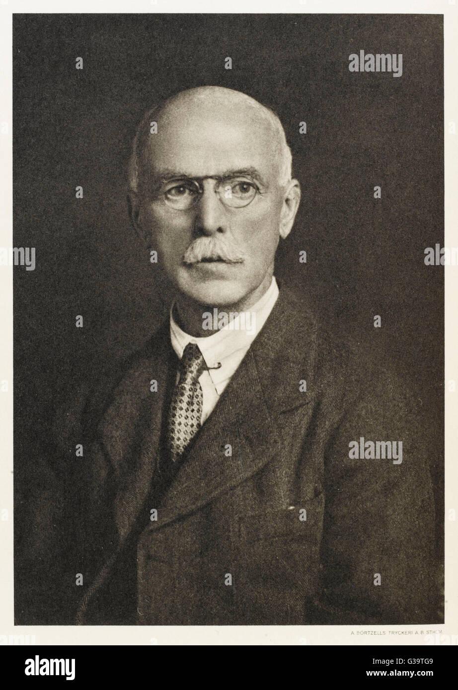 SIR ARTHUR HARDEN  English chemist        Date: 1865 - 1940 - Stock Image