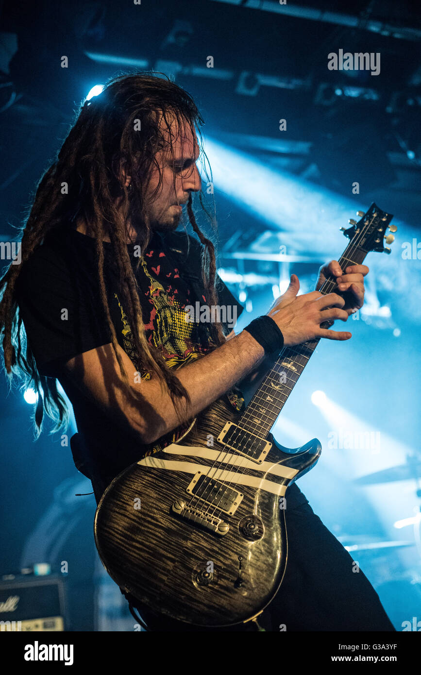 Nonpoint guitarist BC Kochmit performing in Reading, UK. Tapping his Paul Reed Smith guitar during song Breaking - Stock Image