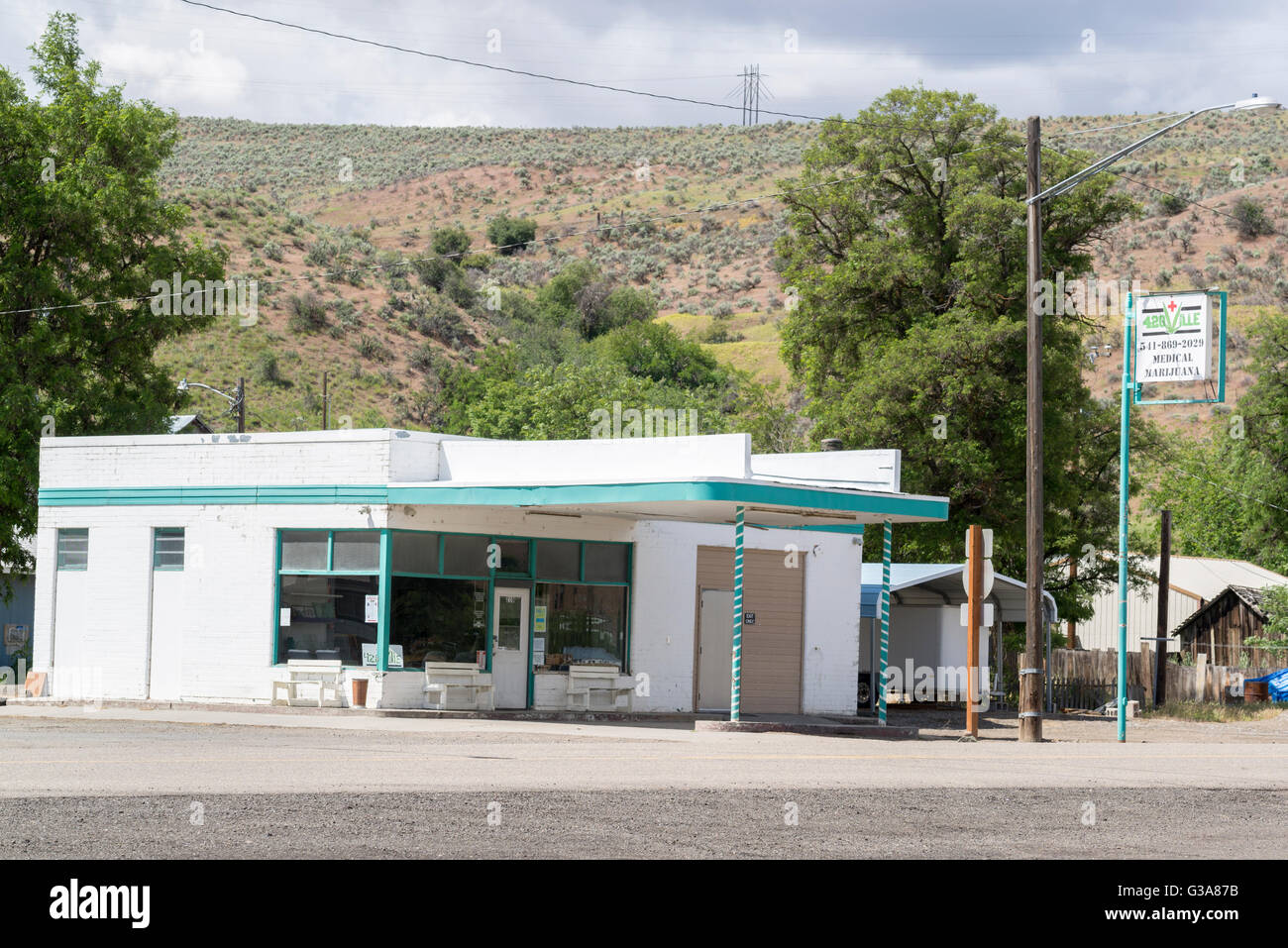 Medical marijuana dispensary in the small town of Huntington, Oregon. Stock Photo
