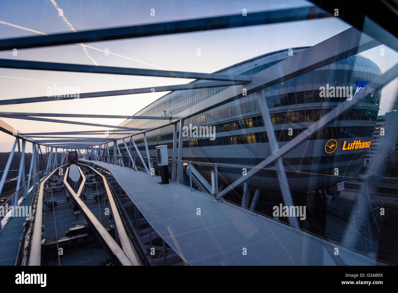 Office building ' The Squaire ' at Frankfurt Airport (largest office building in Germany ) with cableway - Stock Image