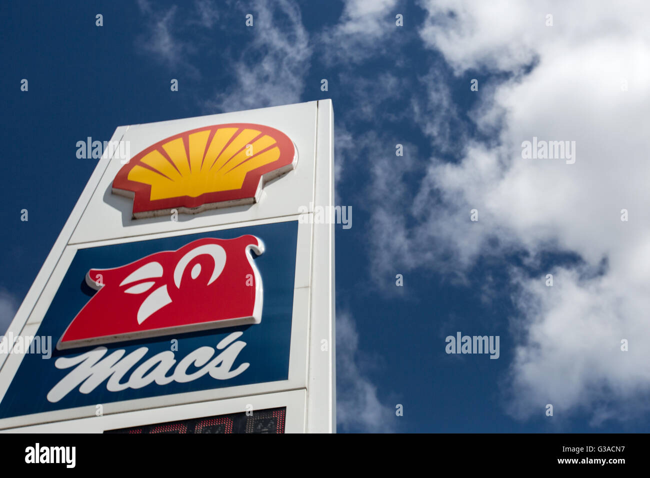 Shell gas station in Kingston, Ont , on June 9, 2016 Stock