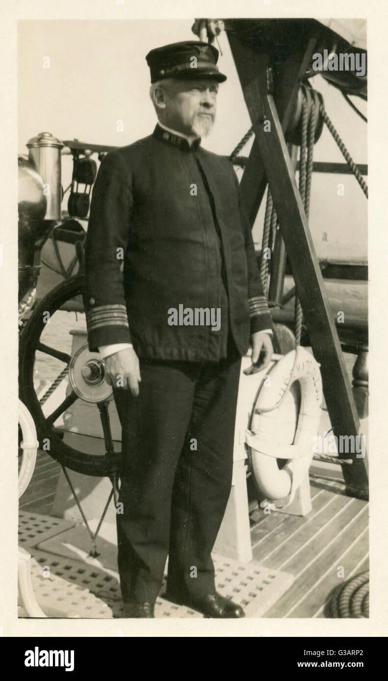 Ship captain dating
