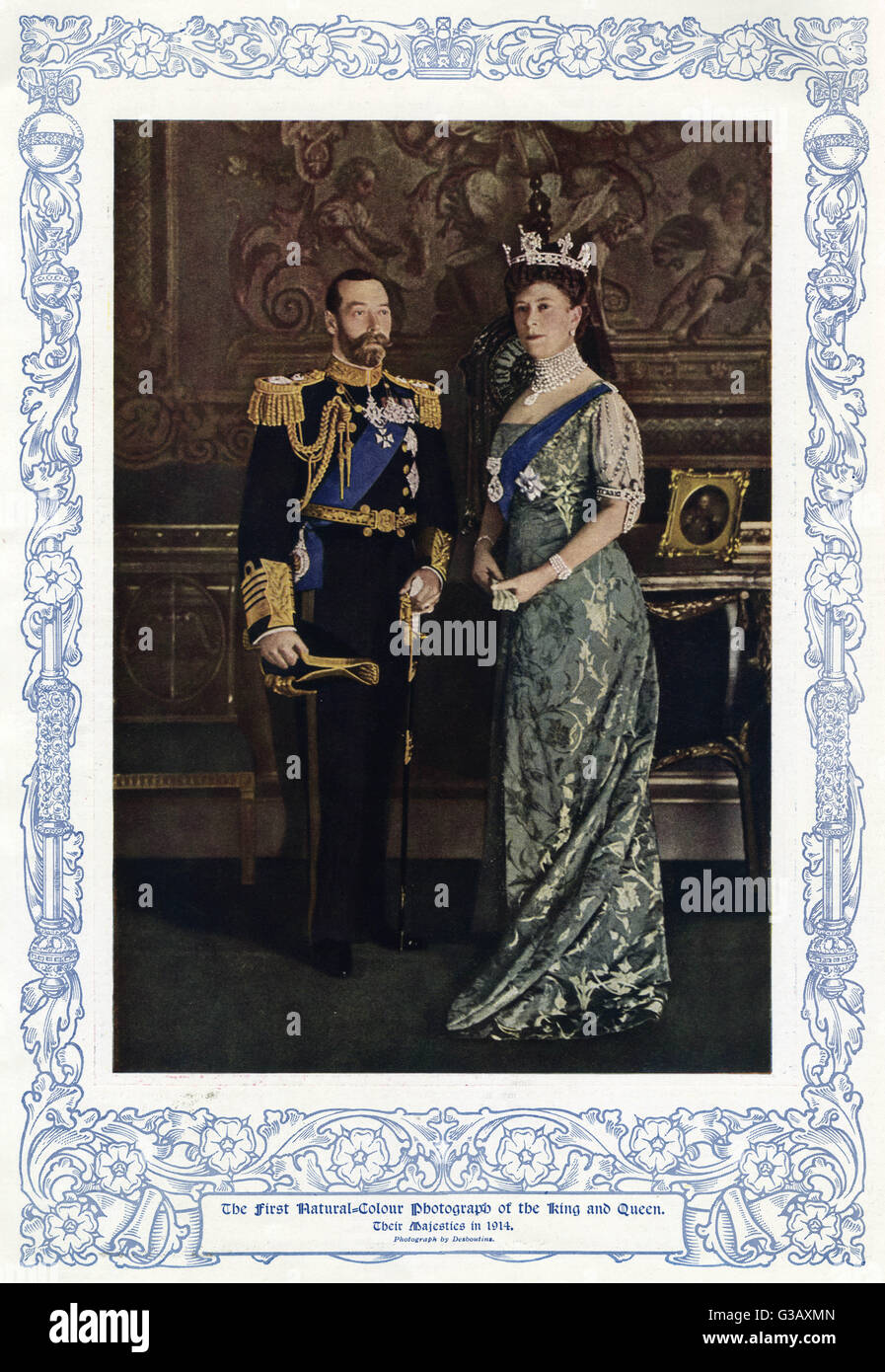 King George V (1865 - 1936) and his wife Queen Mary consort at Buckingham Palace.  Queen Mary wear a wearing a crown - Stock Image
