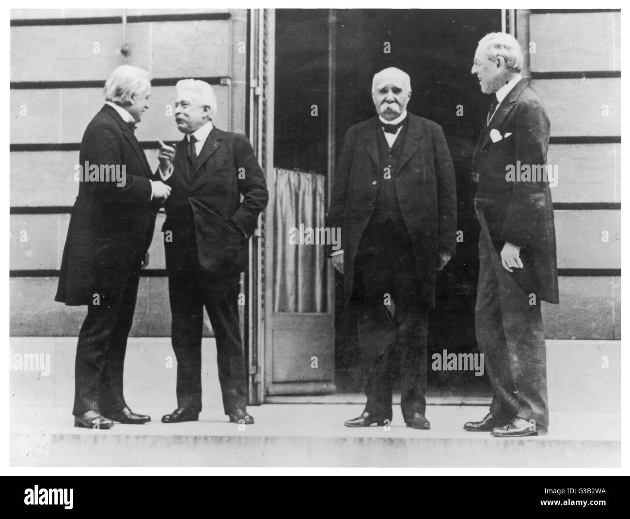 """The Big Four"" at the peace  talks: (l-r) Lloyd George,  Vittorio Orlando, Georges  Clemenceau - Stock Image"