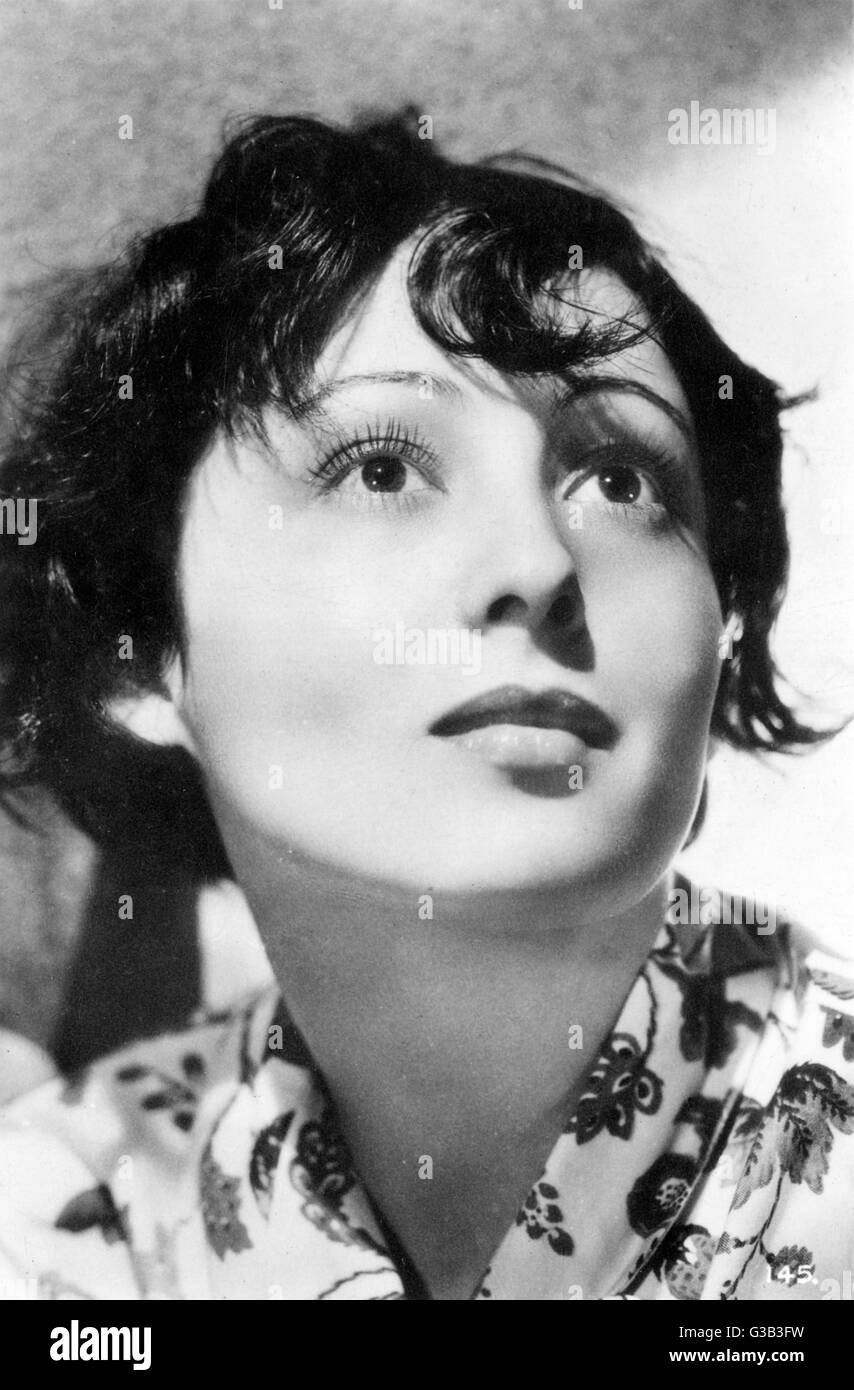 LUISE RAINER  Austrian actress in American films       Date: 1910 - - Stock Image