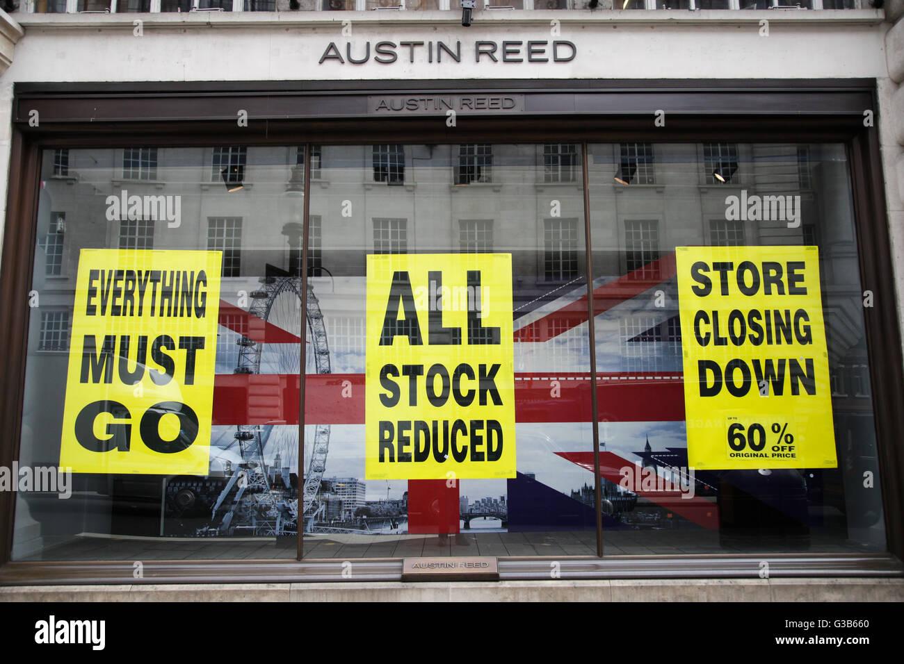 Austin Reed on Regents Street - Stock Image