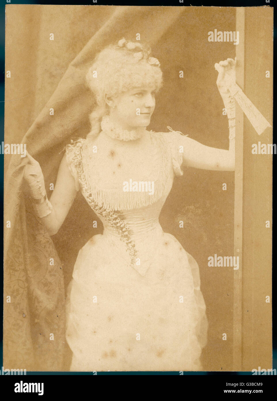 Young Victorian actress or music hall artiste.        Date: late 19th century - Stock Image