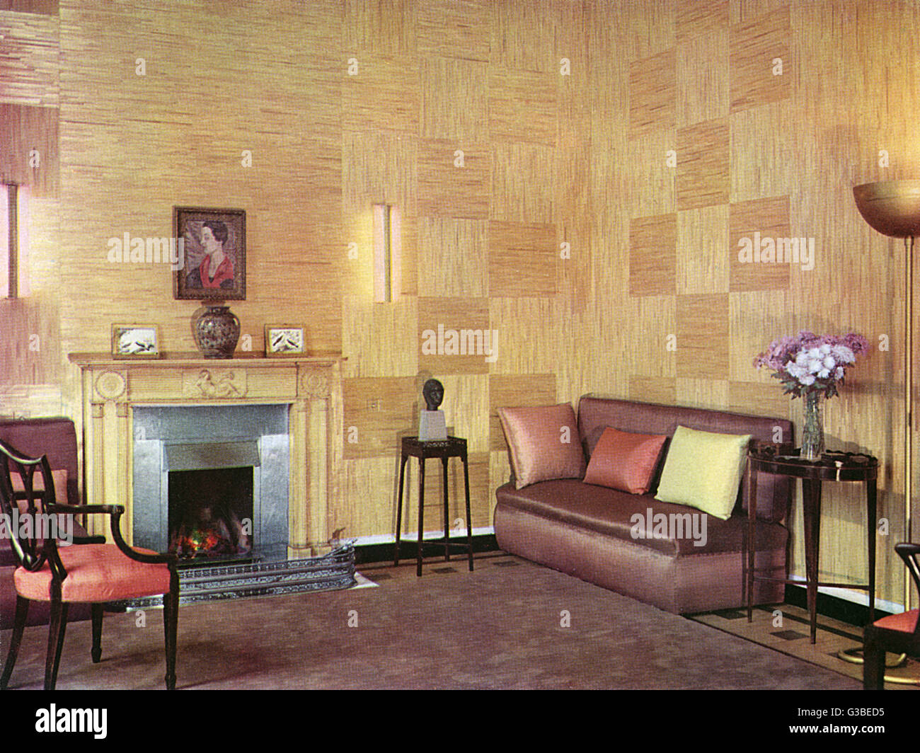 A bright living room designed  by Ronald Fleming.         Date: 1933 - Stock Image