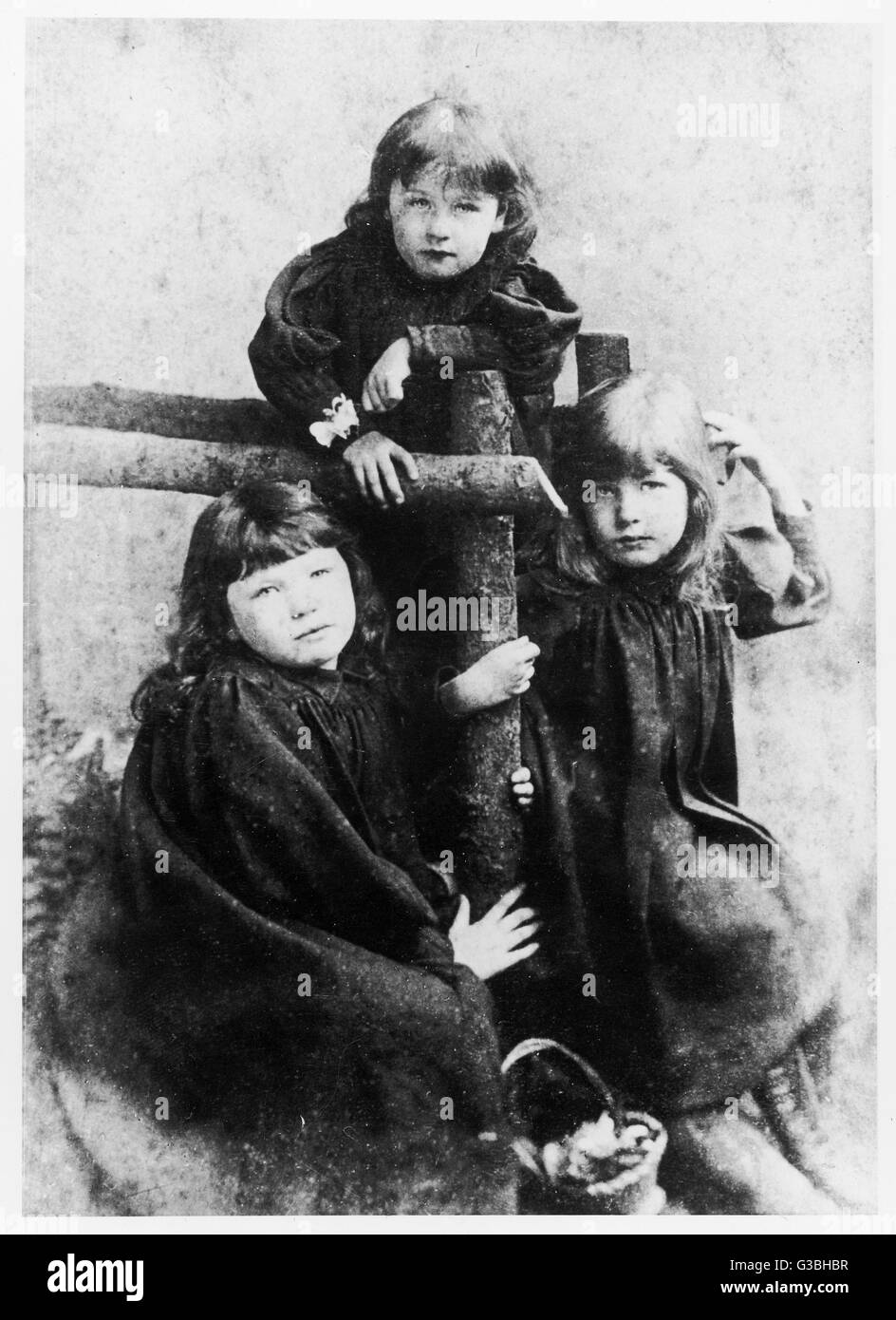 From left to right: Sylvia,  Adela and Christabel Pankhurst  as children.        Date: circa 1892 - Stock Image