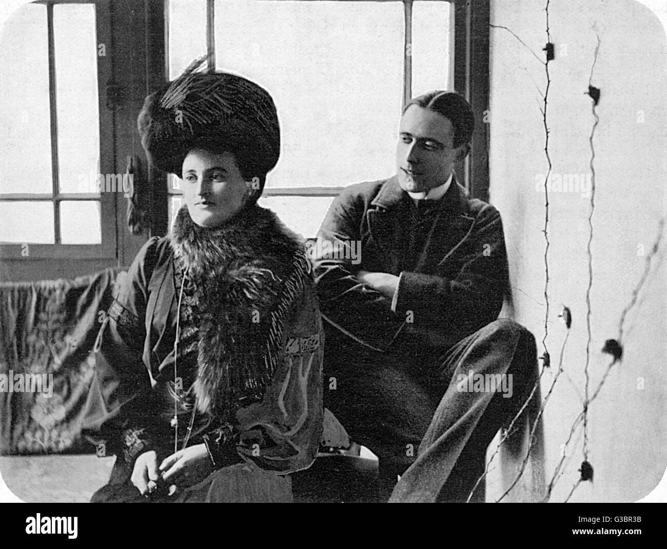 ERNEST TEMPLE THURSTON and  KATHARINE CECIL TEMPLE  THURSTON (1875-1911), both of  them popular novelists.      Stock Photo