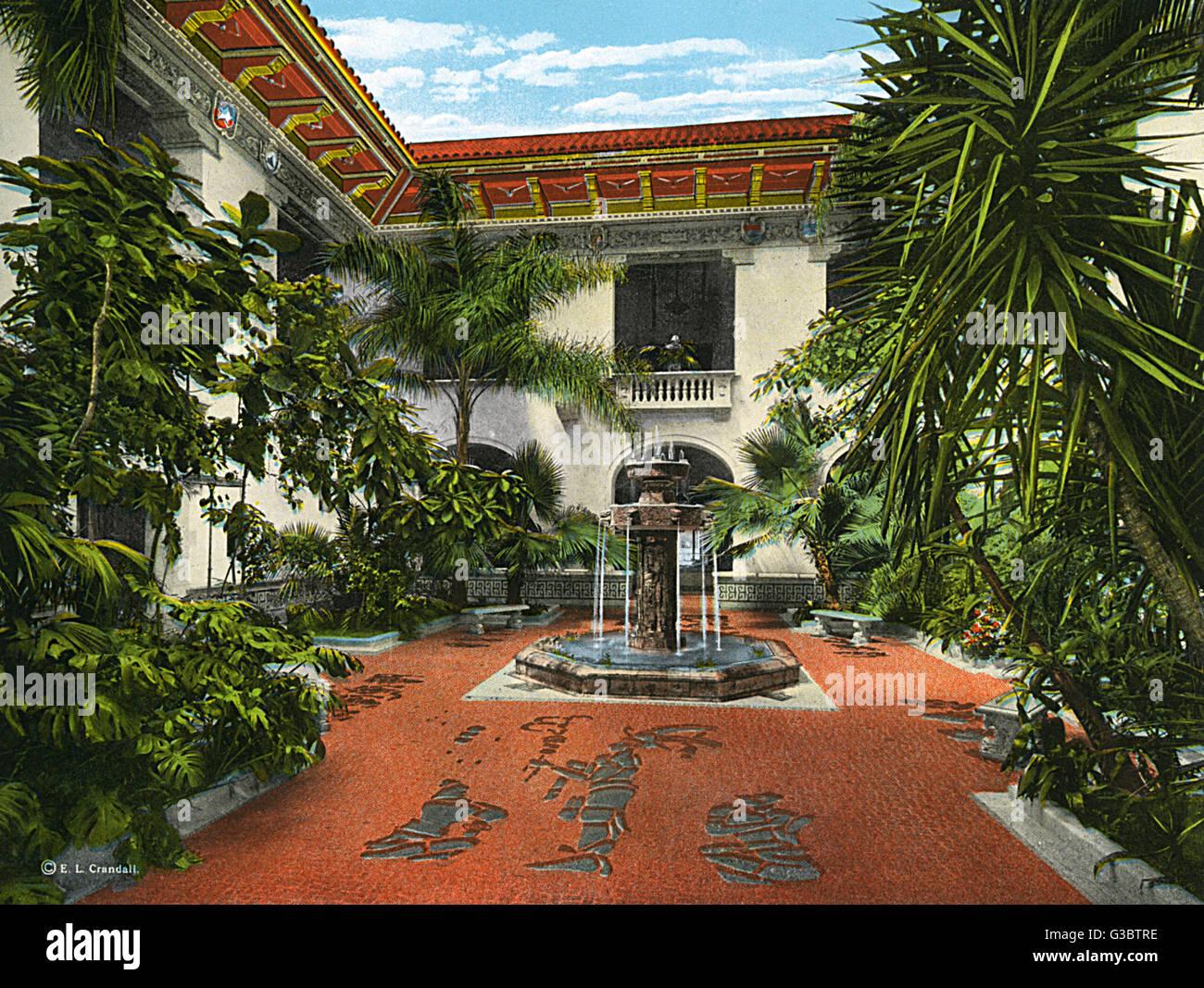 Washington DC, USA   Patio And Aztec Fountain   Pan American Union Building  Date: 1920