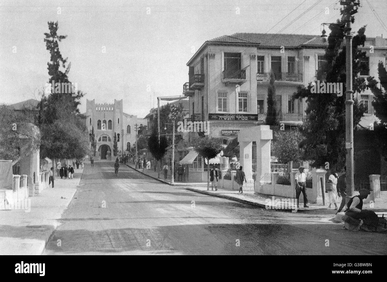 Street scene in the city of Tel Aviv, Western Israel.      Date: 1920s - Stock Image