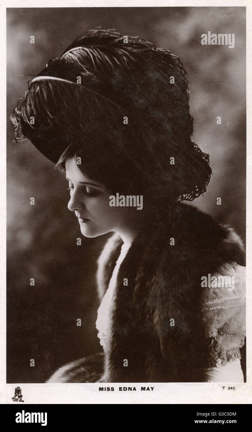 A beautifully-lit portrait photograph (reproduced on a postcard) of Edna May (1878-1948) - American Actress and Stock Photo