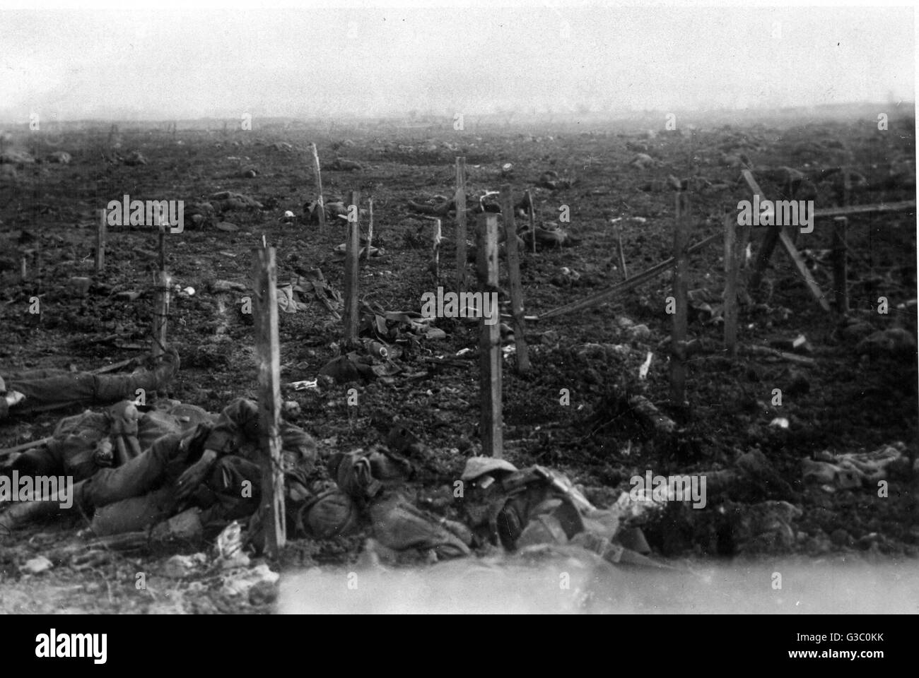 Corpses lie scattered in No Man's Land, following the British offensive at Neuve Chapelle, France, March 1915. - Stock Image