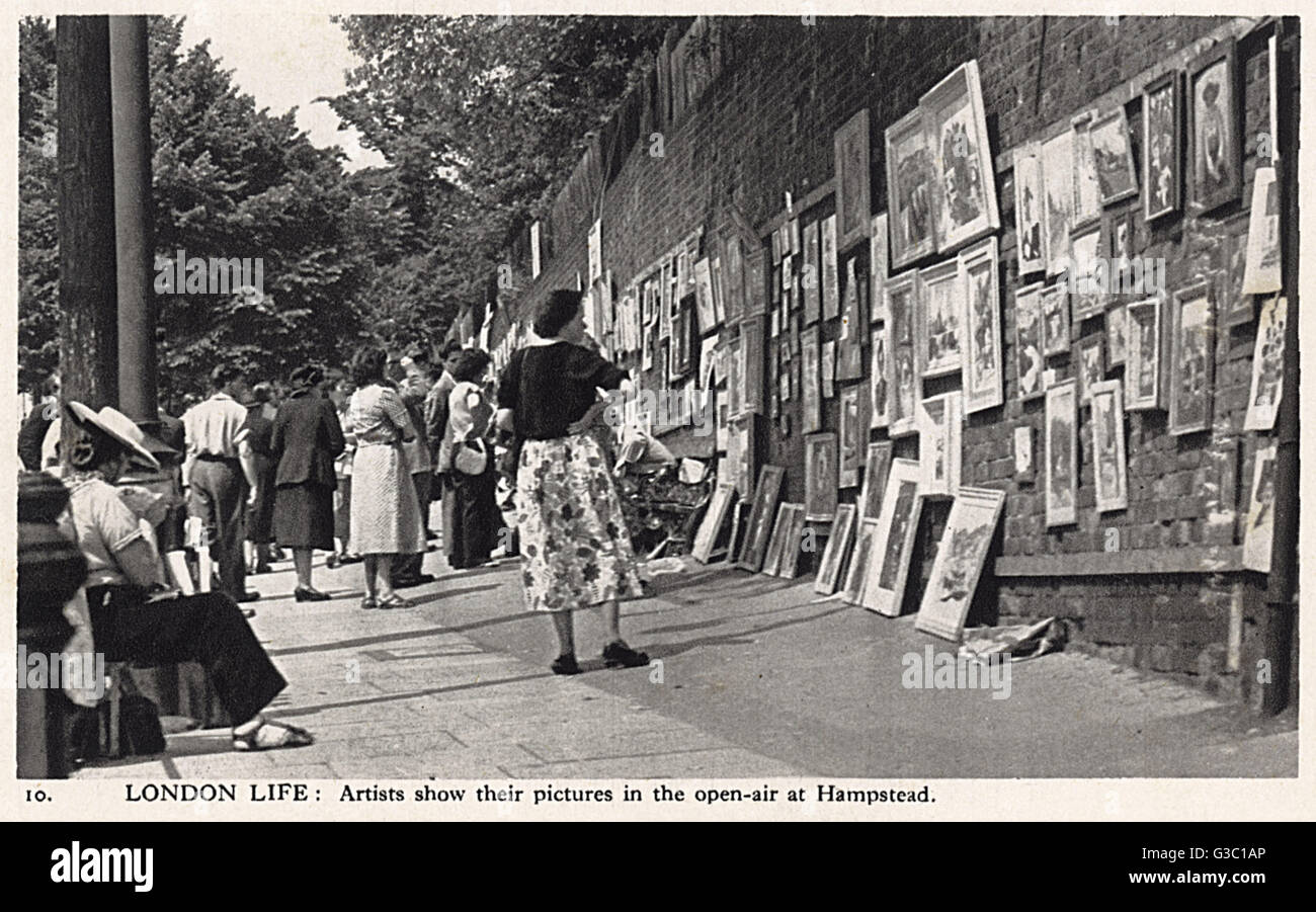 London Life - Artists display their work for sale, Hampstead.     Date: circa 1940 - Stock Image
